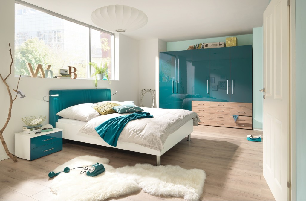 schlafen in sommern chten m bel mit. Black Bedroom Furniture Sets. Home Design Ideas